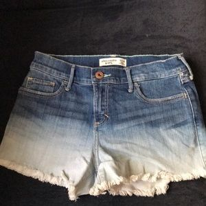 Other - Abercrombie ombré shorts